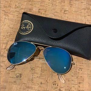 Women Ray-Ban Blue/gold aviator Sunglasses EUC
